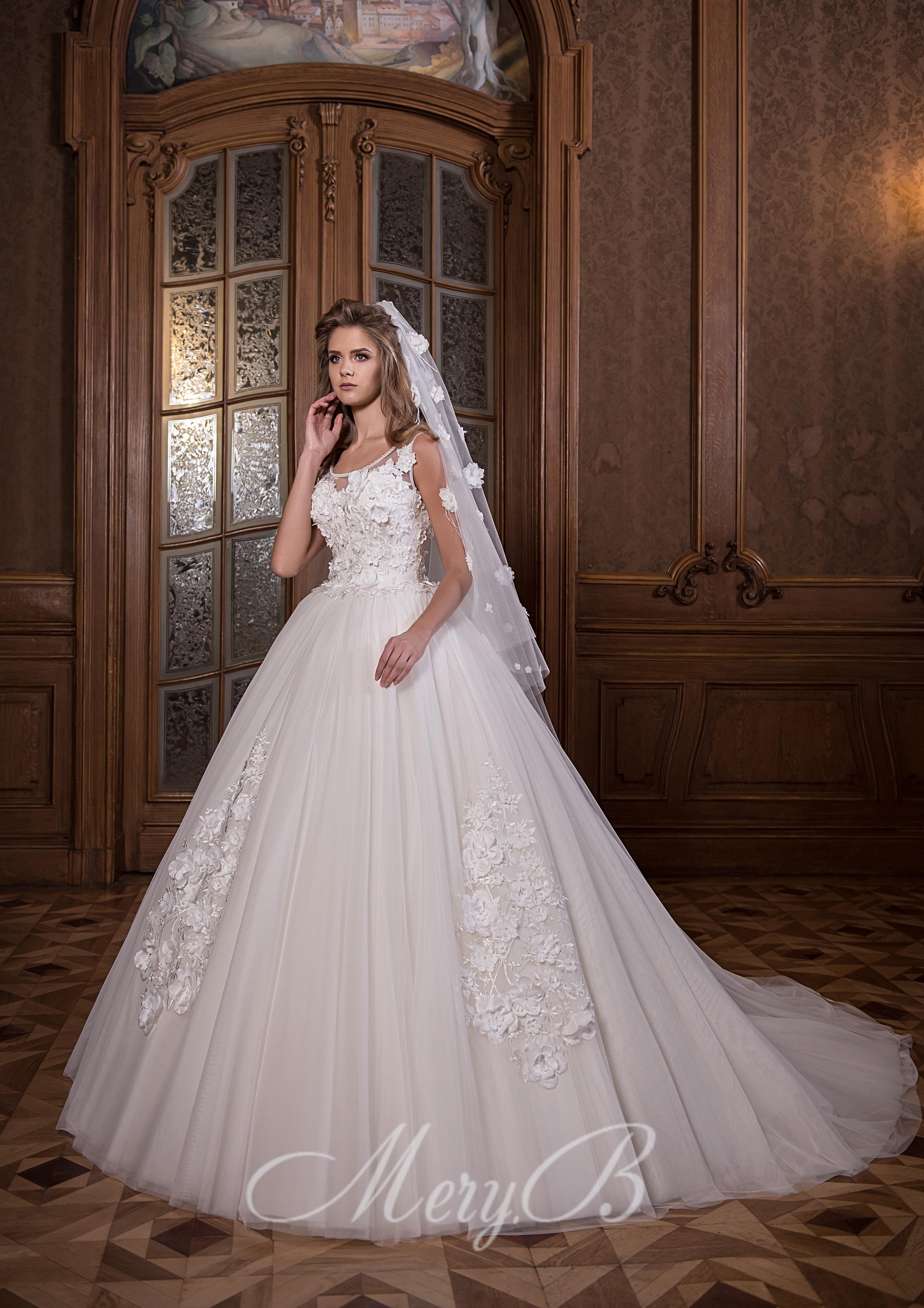 9ec1b6d696f Свадебные платья с 3D элементами Киев. Добавим немножко сексуальности в  образ невесты